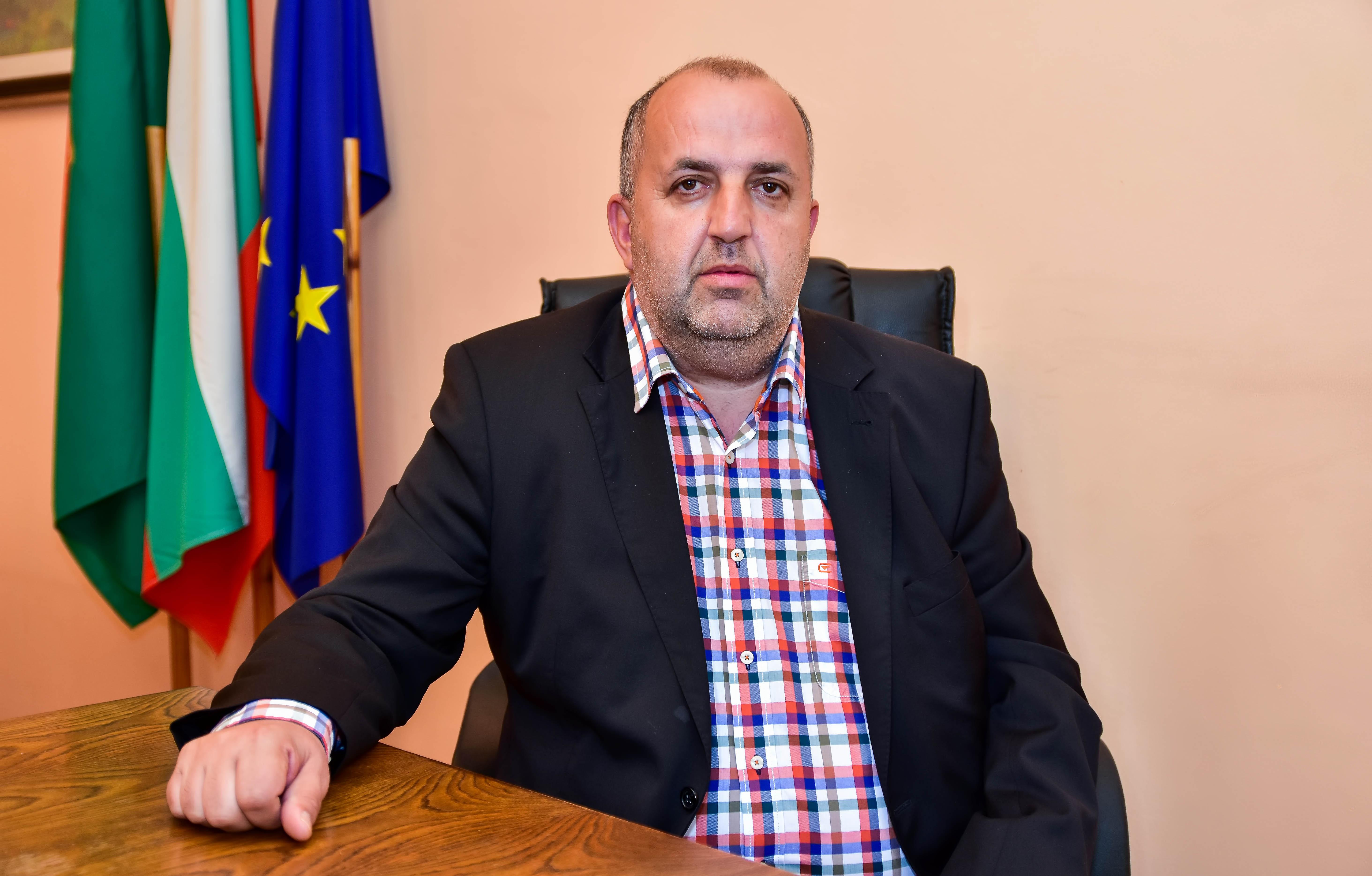 Даниел Костадинов